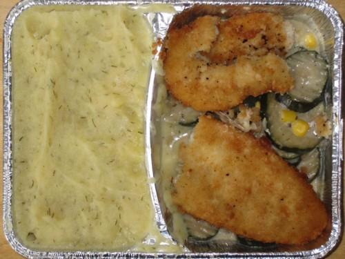 Gebackenes Fischfilet auf Zucchini-Sauerrahmgemüse, mit Dillkartoffelpüree