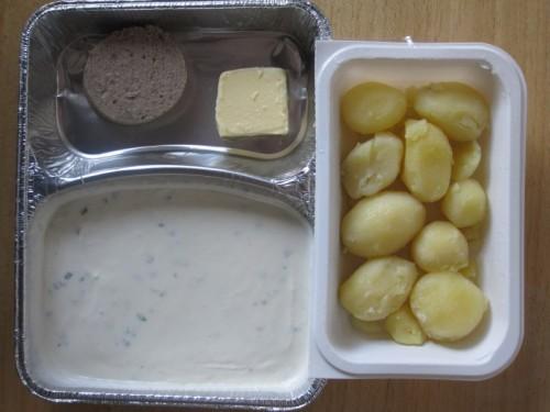 Kräuterquark mit Hausmacher Leberwurst, Butter und Salzkartoffeln