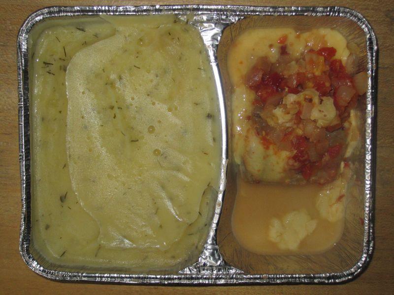 Gebackenes Fischfilet mit Tomate und Käse überbacken an Kartoffelpüree
