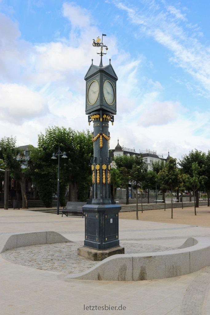 Historische Uhr im Seebad Ahlbeck